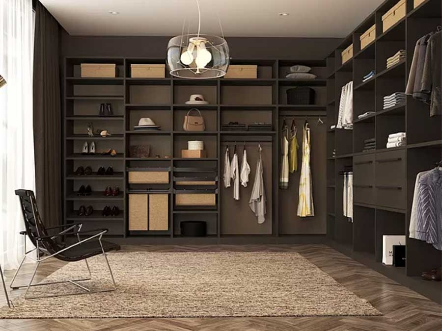 Closet_brown