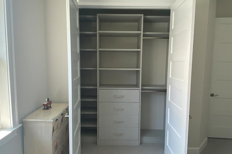 Custom Closet 10
